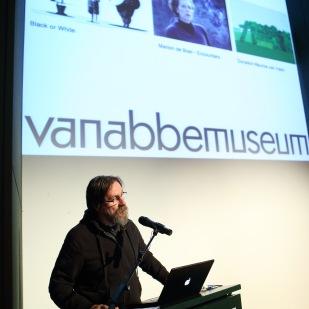Dan Perjovschi:Opening speech Photos:Bram Saeys